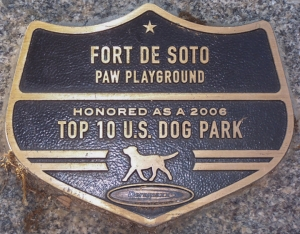 Dog Paws Playground Award 2006